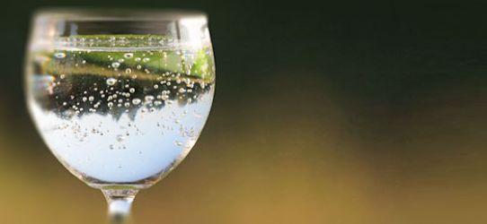 Perguntas e respostas sobre água com gás